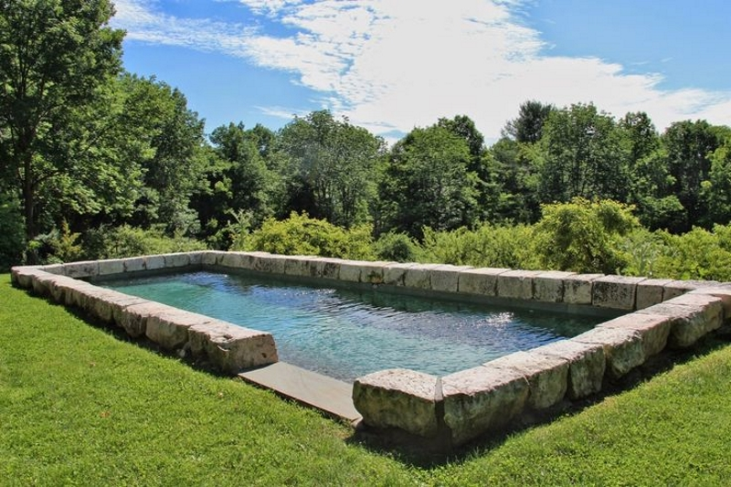 Using Barn Foundation Stone in the Landscape, Thinking Outside the Boxwood