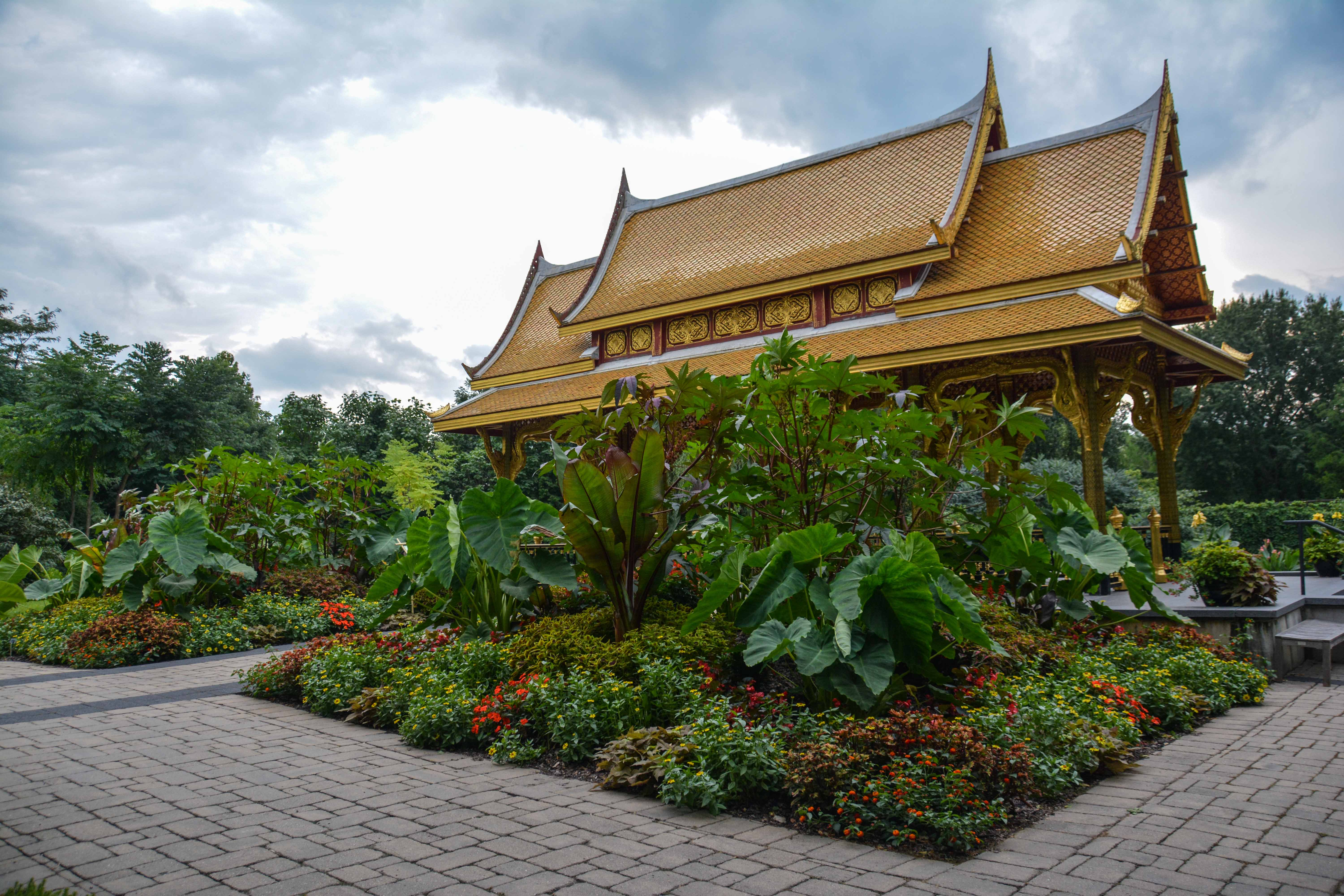 Olbrich Botanical Gardens , Thai Pavilion and Garden - Madison Wisconsin, Thinking Outside the Boxwood