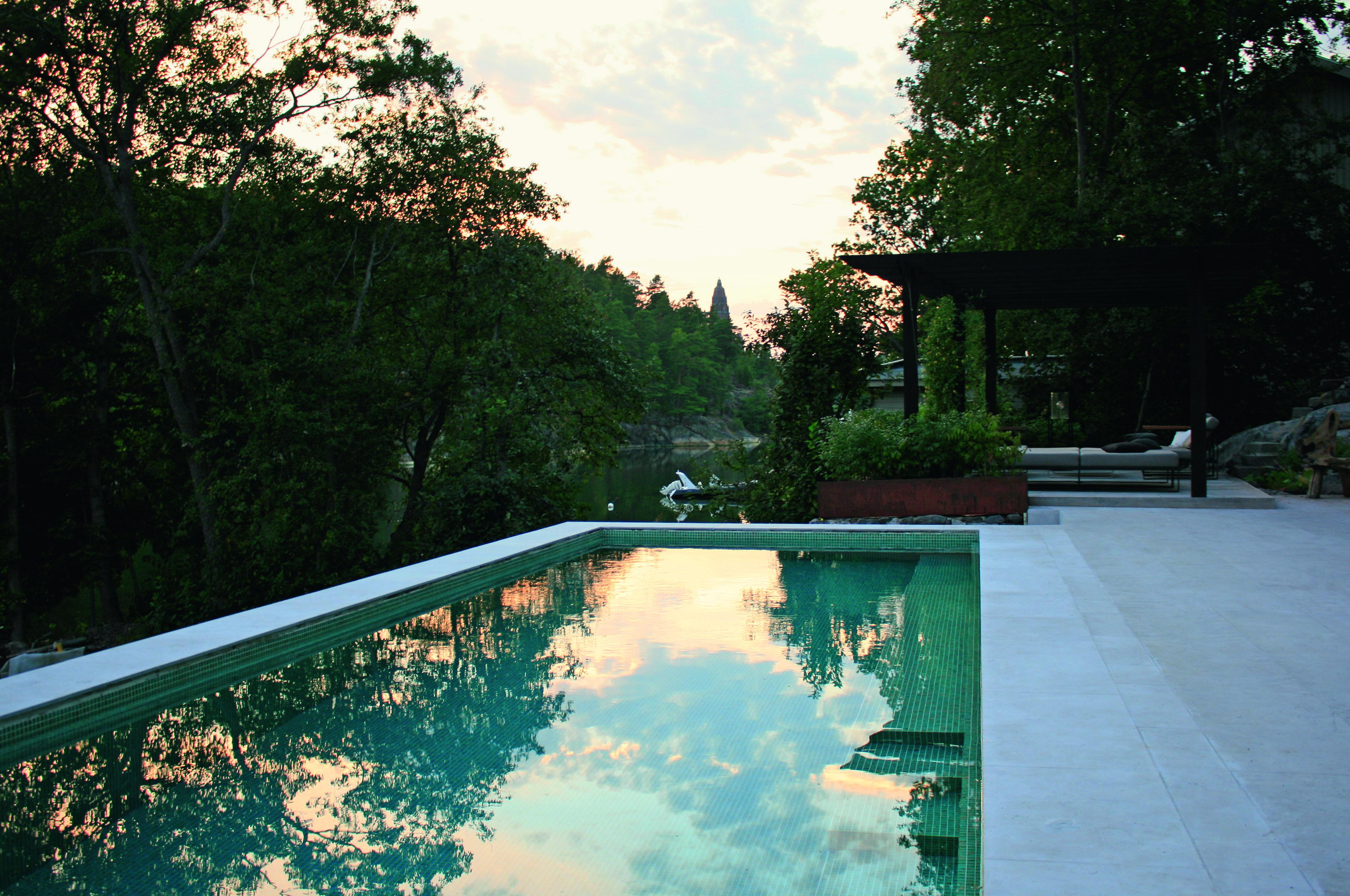 New Nordic Gardens by Annika Zetterman, Thinking Outside the Boxwood